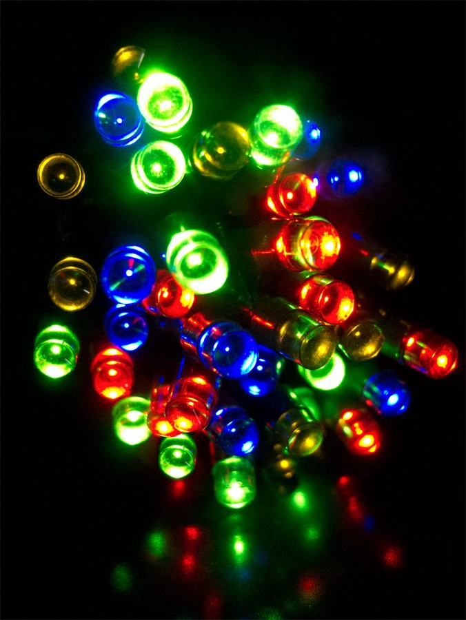 String Lights That Twinkle : String Lights - 300 Multi Colour Superbright Twinkle Led Bulbs - 15m Christmas Lights The ...